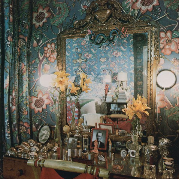 diana bedroom