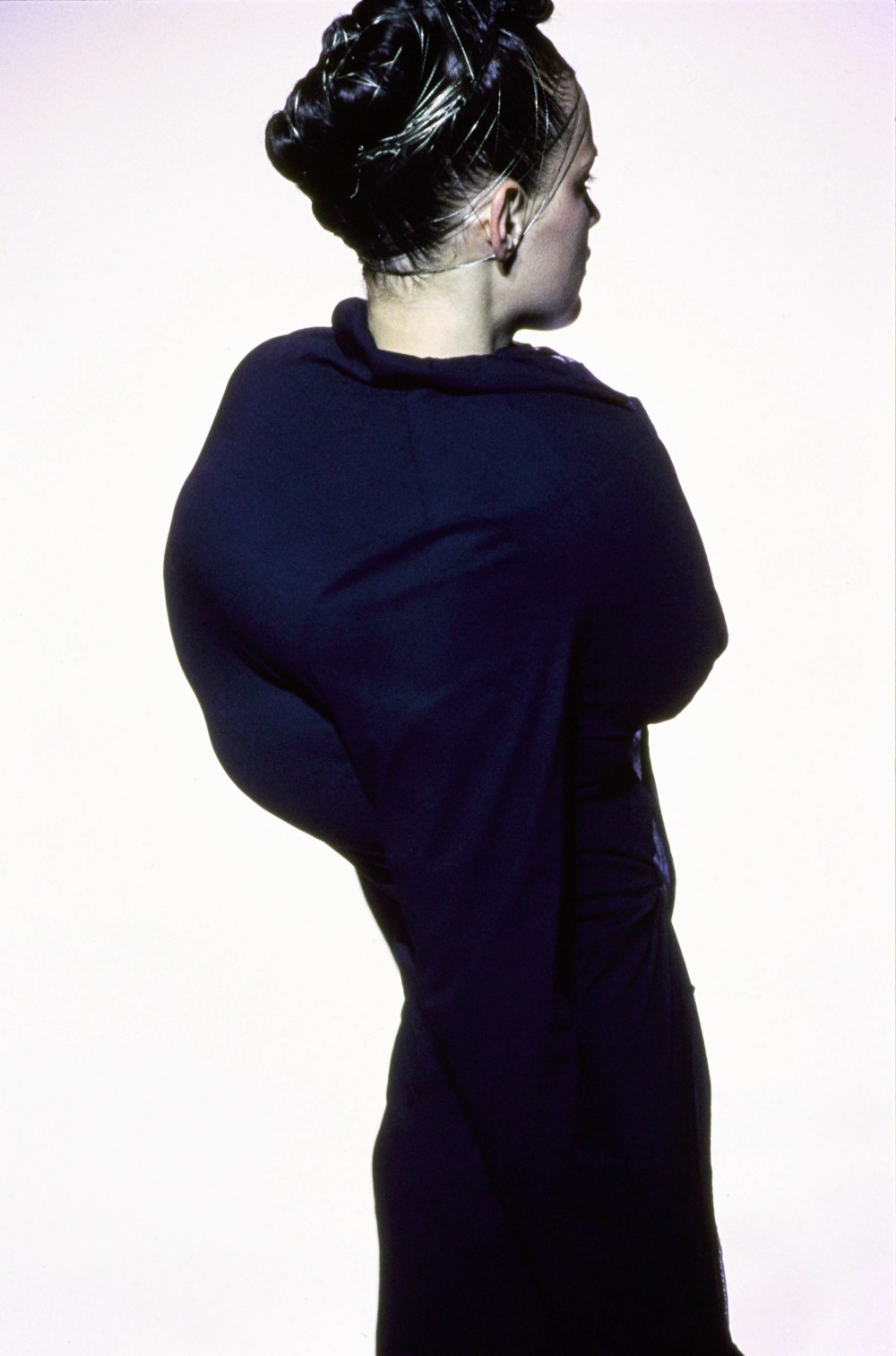 COMME-DES-GARCONS-SPRING-1997-RTW-DETAIL-10